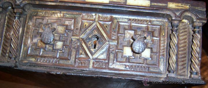 Antigüedades: Bargueño salmantino del S XVII. - Foto 27 - 46019004