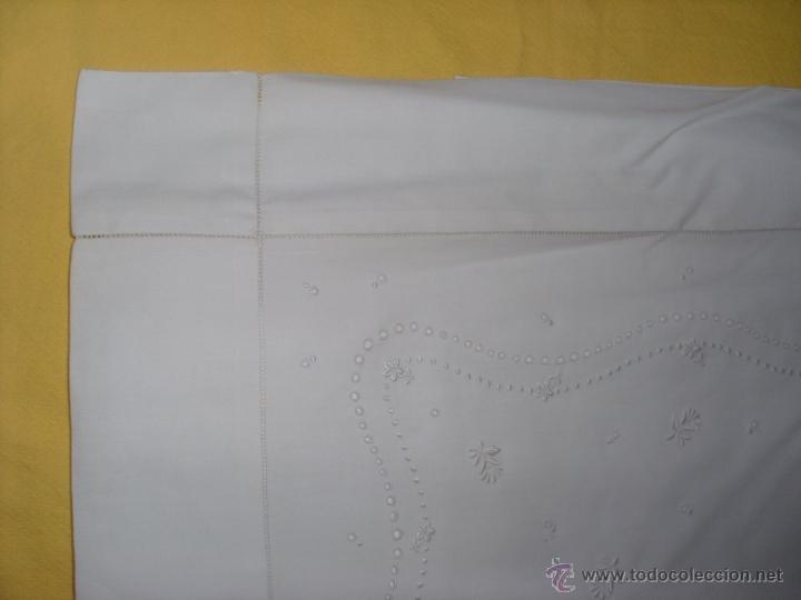 Antigüedades: Sábana de cama color blanco - Foto 16 - 46021023