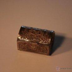 Antigüedades: CAJA MODERNISTA. BAÚL. COFRE. CAJITA.. Lote 46025077