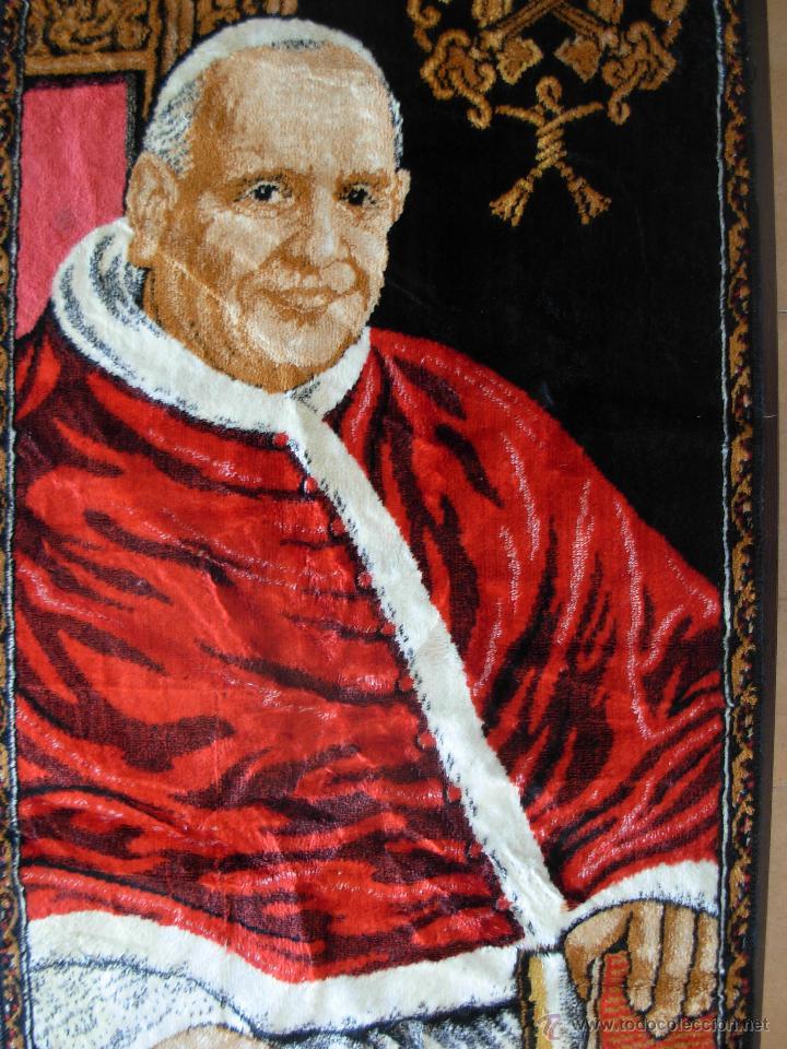 Antigüedades: Tapiz de su santidad el Papa Juan XXIII. Años 60. Medidas 103cm X 48cm - Foto 4 - 46025230