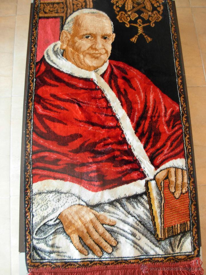 Antigüedades: Tapiz de su santidad el Papa Juan XXIII. Años 60. Medidas 103cm X 48cm - Foto 8 - 46025230