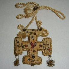 Antigüedades: PRECIOSO ESCAPULARIO ANTIGUO. SAGRADO CORAZÓN DE JESÚS. JHS. SEDA. BORDADO A MANO.. Lote 46034449