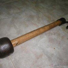 Antigüedades: ANTIGUO BADAJO DE CAMPANA / GRAN TAMAÑO / MUY ANTIGUO. Lote 46116641