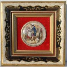 Antigüedades: ANTIGUA PORCELANA INGLESA CON MAGNIFICO MARCO CON BAÑO ORO - CON INSCRIPCIONES. Lote 46118769