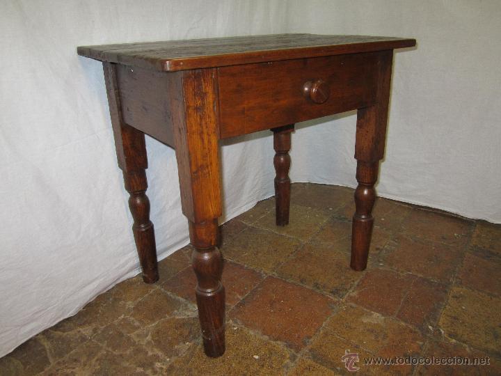 Mesa antigua de madera pino patas torneadas comprar for Mesa madera antigua