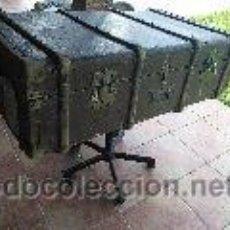 Antigüedades: ANTIGUO BAUL-MALETA. Lote 209976956