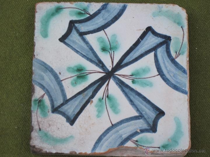AZULEJO ANTIGUO DE VALENCIA / ALCORA / MANISES - SIGLO XVIII. (Antigüedades - Porcelanas y Cerámicas - Alcora)