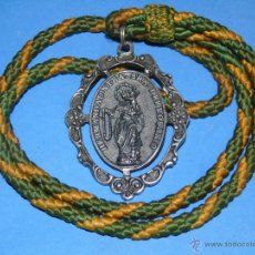 Antigüedades: MEDALLA MEDALLÓN RELIGIOSO. HERMANDAD NUESTRA SEÑORA ROSARIO, SAN ISIDRO LABRADOR, LOS BARRIOS CÁDIZ. Lote 46244805
