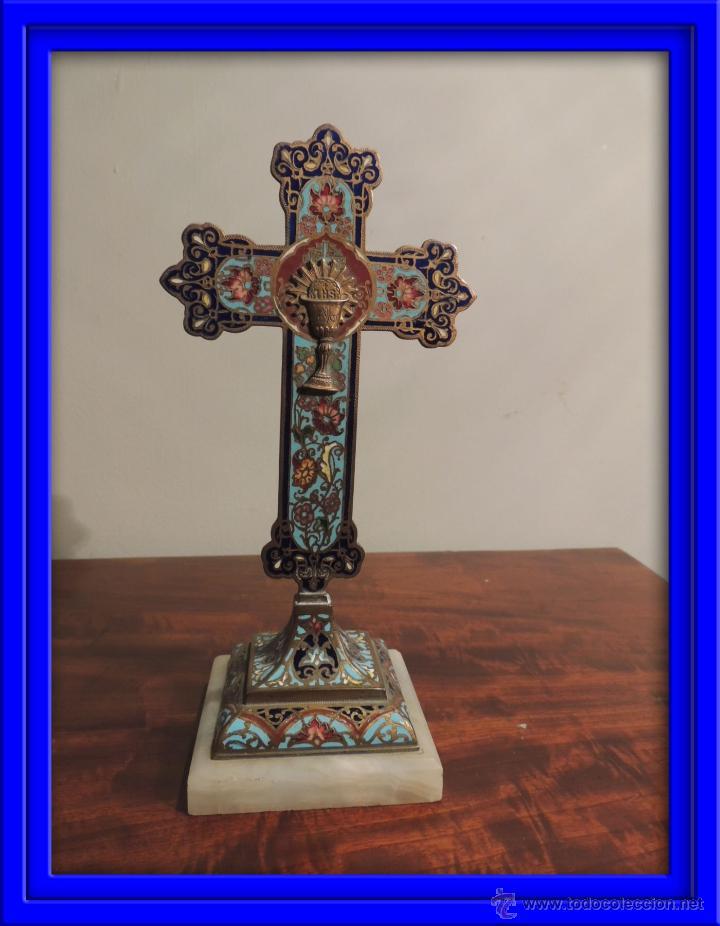 CRUZ DE ESMALTE CLOISONNE SOBRE MARMOL (Antigüedades - Religiosas - Cruces Antiguas)