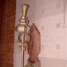 Antigüedades: ANTIGUO CANDELABRO DE PARED HIERRO FORJADO . Lote 46307061