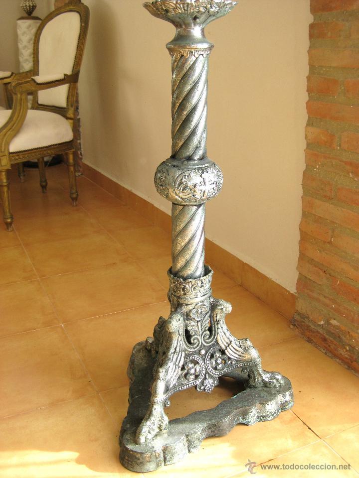 Antigüedades: MEGA CANDELABRO PIE GOTICO IGLESIA O CASTILLO 35 BRAZOS CIRIOS TIPO JUEGO DE TRONOS - Foto 4 - 39332695