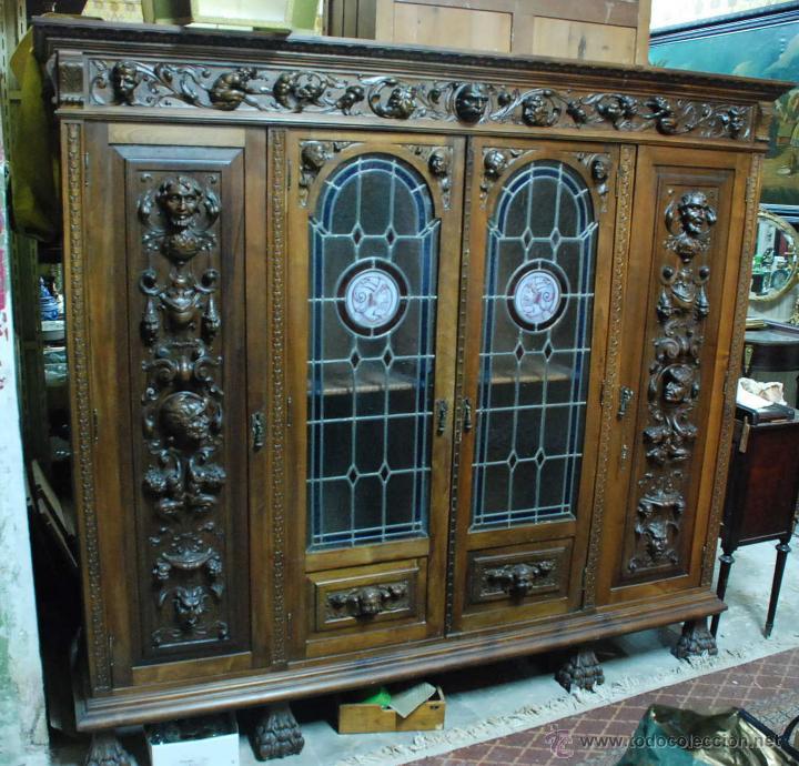 Antiguo armario despacho nogal tallado emplomad comprar for Armarios para despachos