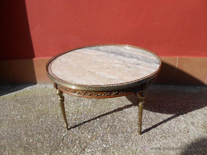 Antigua mesa redonda de centro m rmol madera comprar for Mesas de centro antiguas