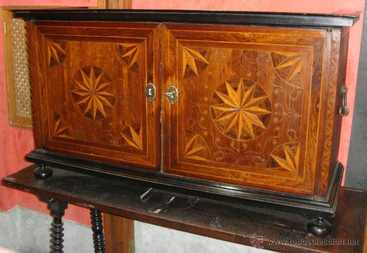Antigüedades: Magnifico Bargueño y Mesa de Pata de Lenteja. S.XVII. Precioso trabajo en marquetería. - Foto 3 - 46433743