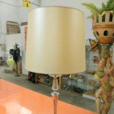 LAMPARA DE MESA VINTAGUE
