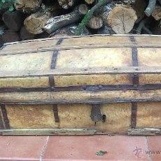 Antigüedades: BAUL ANTIGUO MADERA Y PIEL. Lote 46467735