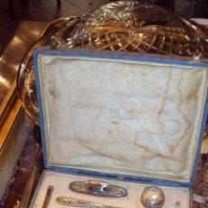 Antigüedades: ESTUCHE CON JUEGO DE MANICURA DE PLATA. Lote 46527580
