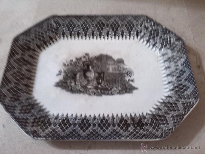 ANTIGUA BANDEJA DE CARTAGENA, SELLADA, JARRONES EUROPEOS (Antigüedades - Porcelanas y Cerámicas - Cartagena)