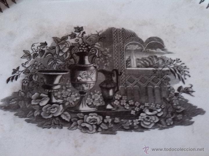 Antigüedades: antigua bandeja de cartagena, sellada, jarrones europeos - Foto 2 - 46559249