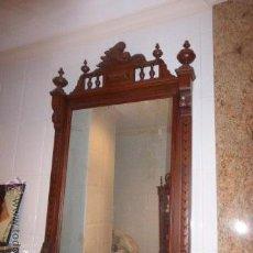Antigüedades: ANTIGUO ESPEJO DE MADERA TALLADA MODERNISTA. . Lote 46570937