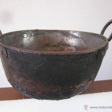 Antigüedades: PRECIOSO CALDERO ANTIGUO COBRE, HIERRO Y OTROS METALES.. Lote 178848360