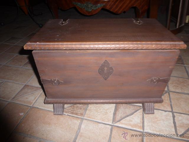 Baul o caja de madera con herrajes de hierro comprar ba les antiguos en todocoleccion 46586765 - Herrajes muebles antiguos ...