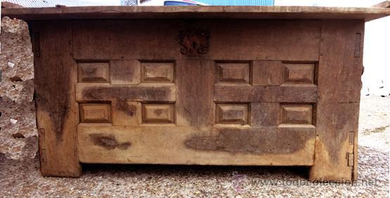 Antigüedades: ARCA ARCÓN DE ROBLE O ENCINA FRENTE 8 CUARTERONES Y TAPA DE 1 SOLA PIEZA S.XVII-XVIII - Foto 2 - 46671674