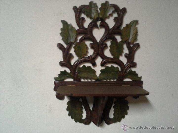 PAREJA DE MENSULAS MODERNISTA MADERA TALLADA Y POLICROMADA (Antigüedades - Muebles Antiguos - Ménsulas Antiguas)