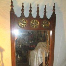 Antigüedades: ESPEJO CON MARCO DE MADERA. Lote 46752558