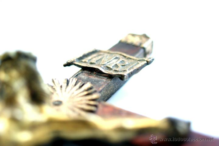 Antigüedades: CRUCIFIJO DE BRONCE SOBREDORADO - S. XVII - Foto 10 - 46755538