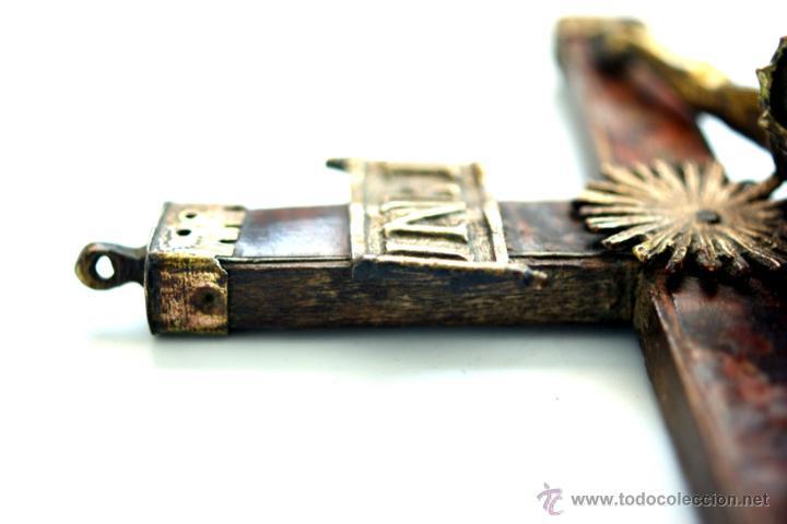 Antigüedades: CRUCIFIJO DE BRONCE SOBREDORADO - S. XVII - Foto 14 - 46755538