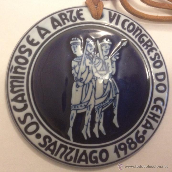 MEDALLA DE SARGADELOS. OS CAMIÑOS E A ARTE. 1986 DESCATALOGADA (Antigüedades - Porcelanas y Cerámicas - Sargadelos)