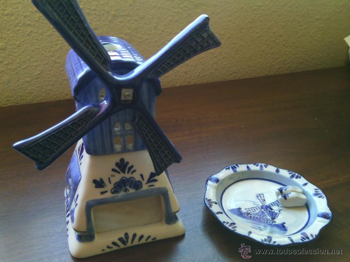 LOTE DE 2 PORCELANAS DELFT-BLUE. MOLINO Y BANDEJITA. PERFECTO ESTADO. (Antigüedades - Porcelana y Cerámica - Holandesa - Delft)