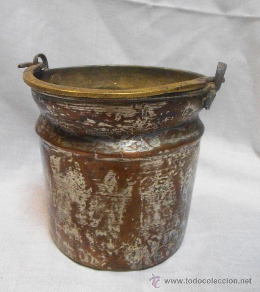 Antigüedades: BONITA CALDERA DE COBRE CON ASA DE METAL - Foto 2 - 46902799