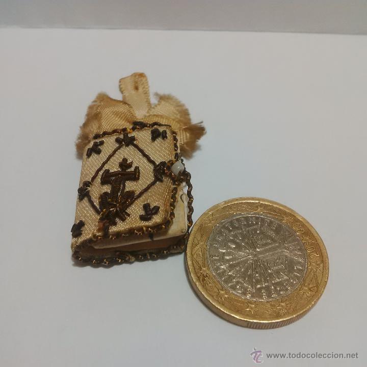 Antigüedades: ANTIGUO ESCAPULARIO BORDADO EN HILO DE ORO-LOS CUATRO SANTOS EVANGELIOS - BAÑERES BARCELONA - Foto 7 - 46905583