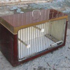 Antigüedades: JAULA HECHA CON LA CAJA DE UNA RADIO. Lote 46912762