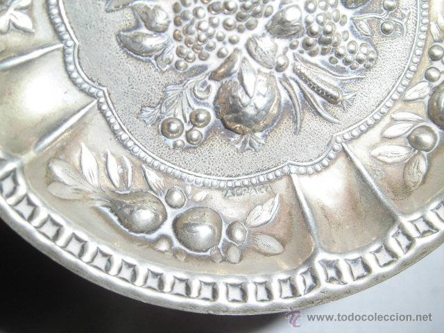 Antigüedades: BONITA BANDEJITA DE ALPACA CON DIBUJOS FLORALES - Foto 3 - 46951518