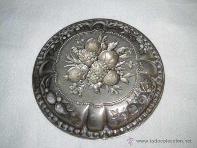 Antigüedades: BONITA BANDEJITA DE ALPACA CON DIBUJOS FLORALES - Foto 4 - 46951518