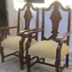 Antigüedades: PAREJA DE SILLONES EN MADERA DE PINO Y NOGAL. Lote 46954106