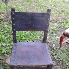 Antigüedades: SILLA EN MADERA Y CUERO. Lote 46991335