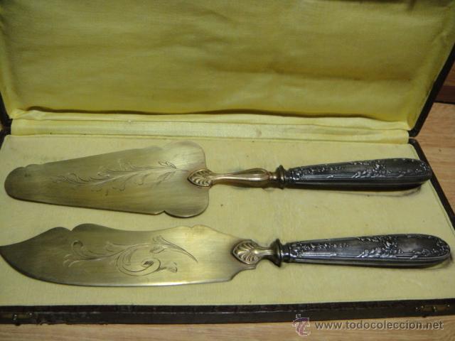 CUBIERTOS CON MANGO DE PLATA CONTRASTADA (Antigüedades - Platería - Plata de Ley Antigua)