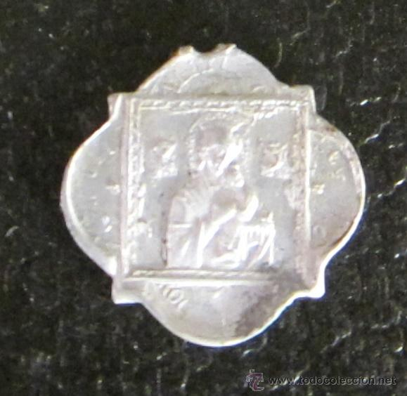 MEDALLA DE ALUMINIO. NUESTRA SEÑORA DEL PERPETUO SOCORRO. SAGRADO CORAZÓN DE JESÚS. DIÁMETRO 2 CM (Antigüedades - Religiosas - Medallas Antiguas)