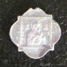 Antigüedades: MEDALLA DE ALUMINIO. NUESTRA SEÑORA DEL PERPETUO SOCORRO. SAGRADO CORAZÓN DE JESÚS. DIÁMETRO 2 CM. Lote 47033591