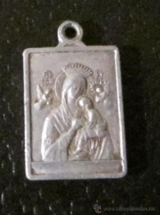 MEDALLA DE ALUMINIO. NTRA. SRA. PERPETUO SOCORRO. SAGRADO CORAZÓN DE JESÚS. FORMATO 2 X 1,5 CM (Antigüedades - Religiosas - Medallas Antiguas)