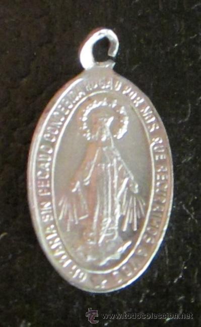 MEDALLA DE ALUMINIO. OH MARÍA SIN PECADO CONCEBIDA ROGAD POR NOS QUE RECURRIMOS A V.FORMATO 2 X 1 CM (Antigüedades - Religiosas - Medallas Antiguas)