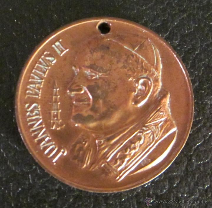 MEDALLA DE JOANNES PAVLVS II. DIÁMETRO 3,5 CM (Antigüedades - Religiosas - Medallas Antiguas)