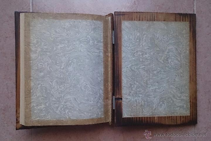 Antigüedades: Album antiguo para fotografia en madera con bandera Catalana y grabado Can Piqué ( Familia Piqué ). - Foto 6 - 47070586