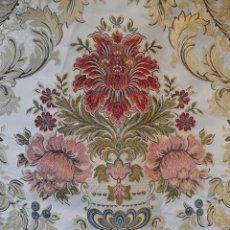 Antigüedades: BROCADO FLORAL SOBRE FONDO BLANCO. Lote 95981995
