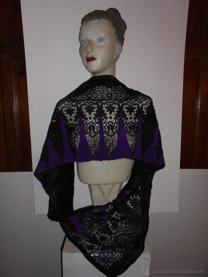 ANTIGUA TELA BORDADA Y SEDA PRINCIPIO DE S. XX - 170X37 C. (Antigüedades - Moda y Complementos - Mujer)