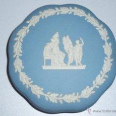 Antigüedades: CAJA DE PORCELANA WEDGWOOD JASPER WARE. Lote 47113231